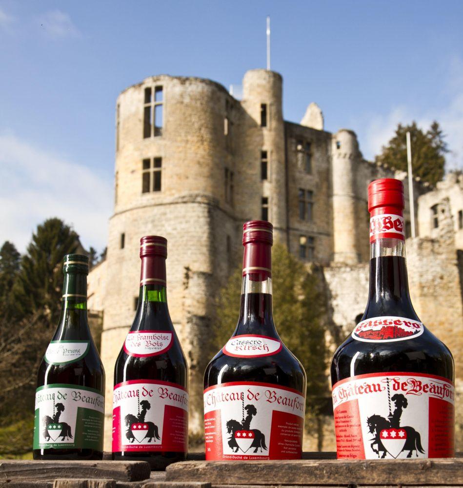 liqueur of the castle beaufort 01