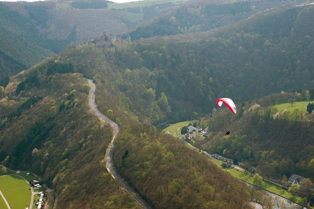 paragliding at the gringlay 04