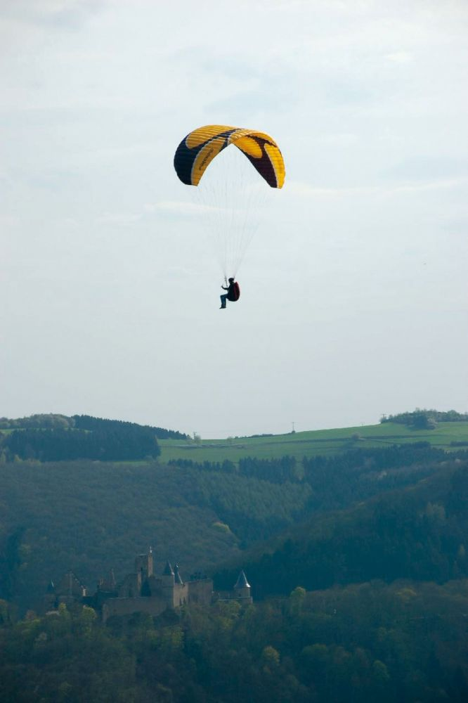 paragliding at the gringlay 05