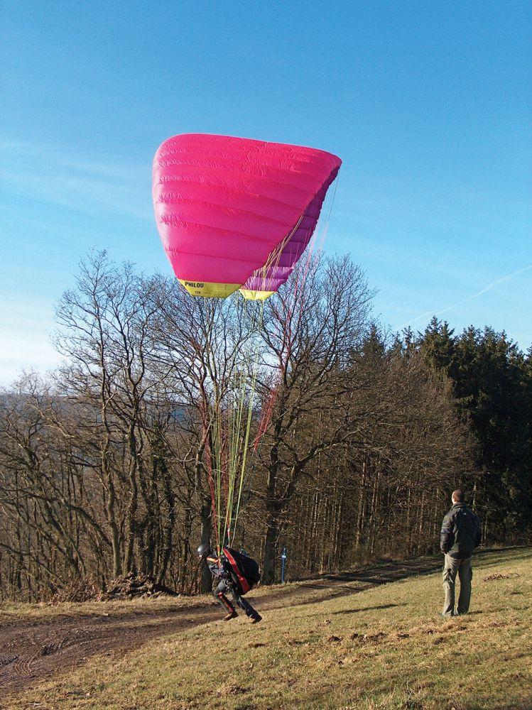 paragliding at the gringlay 08