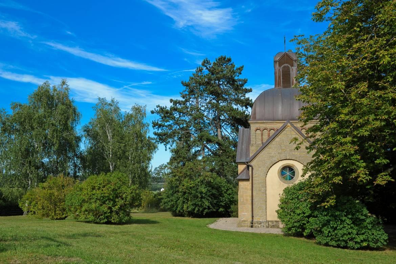 chapelle enelter & menhir reckange