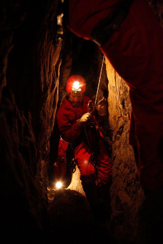 exploration des grottes mamerlayen 02