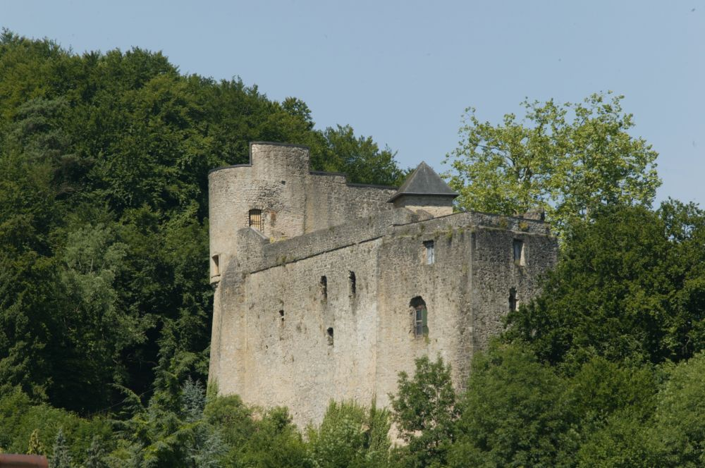 Septfontaines Castle outside