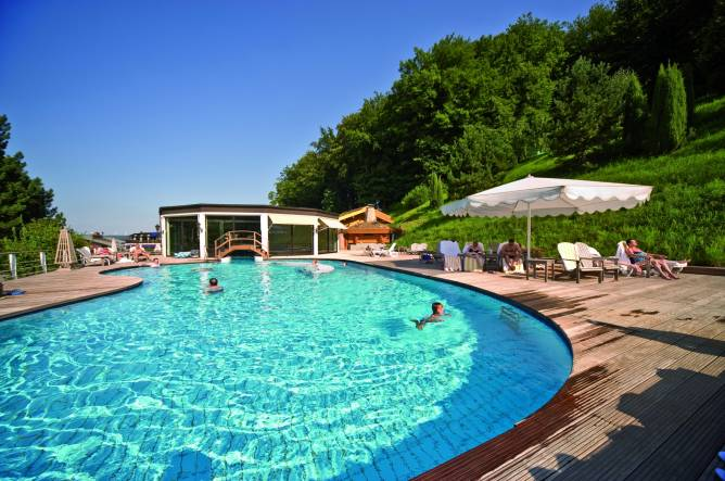 Hotel restaurant eden au lac visit luxembourg for Piscine au luxembourg