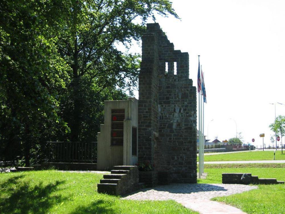1944 1945 remembrance walk wiltz denkmal