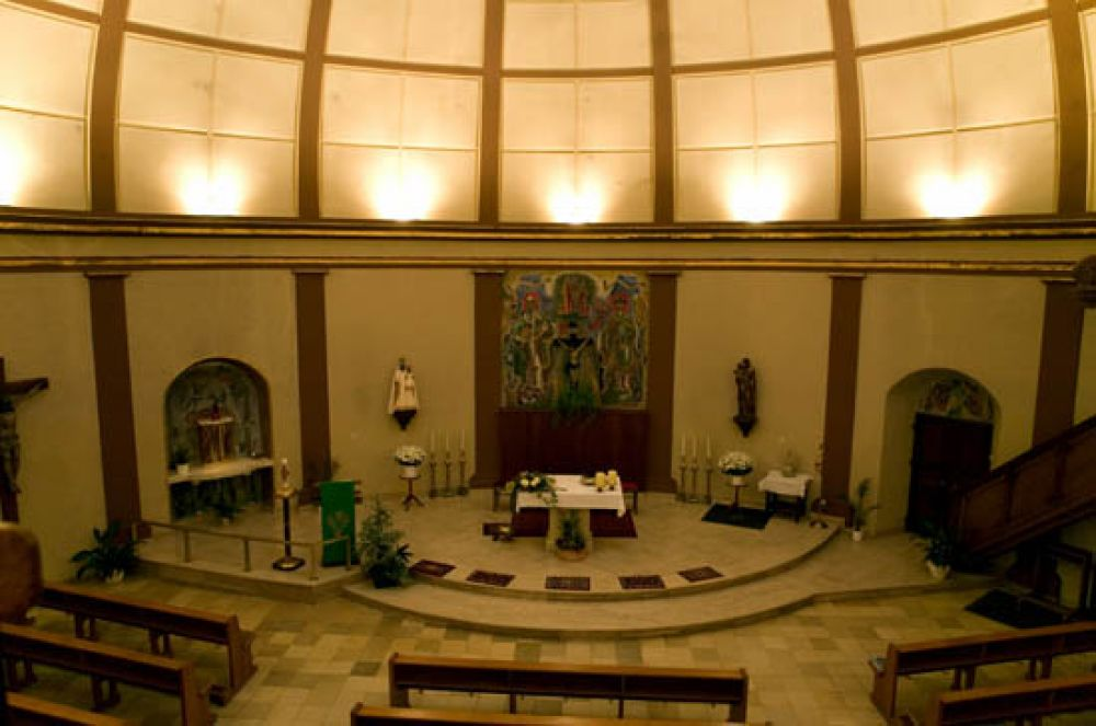 circular church ehnen 01