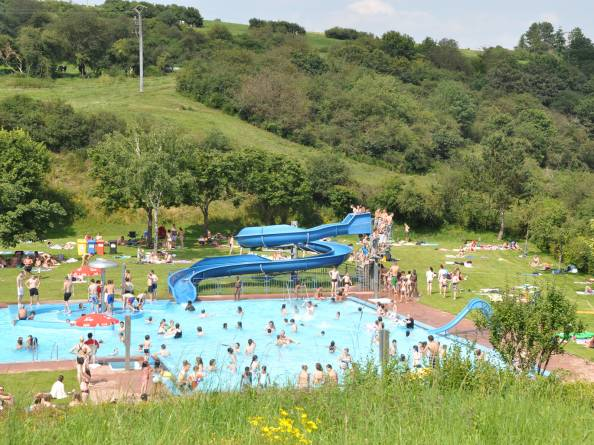 Swimming pool kaul visit luxembourg for Piscine luxembourg ville