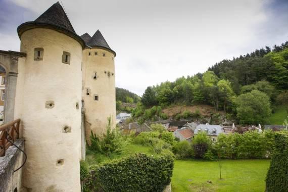 bourglinster castle jason critchell