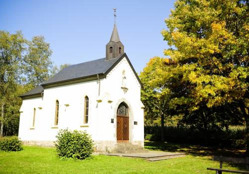 kapelle und heilquelle in helperknapp