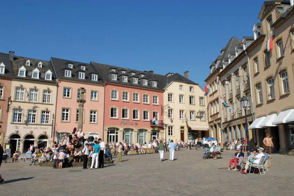 market square with denzelt echternach