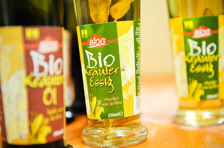 bieschbecher atelier mersch vinaigre huile aux herbes biologiques