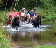 der naturpark obersauer zu pferd