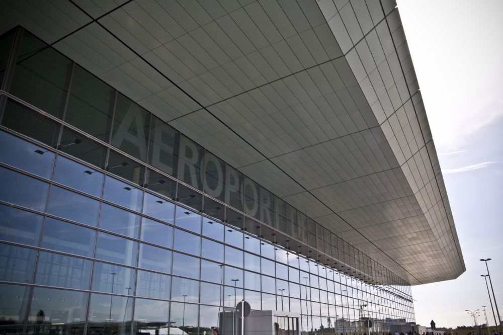 luxembourg findel airport