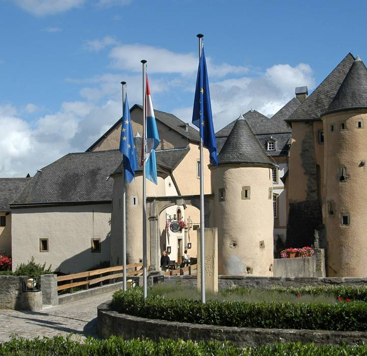 bourglinster castle front