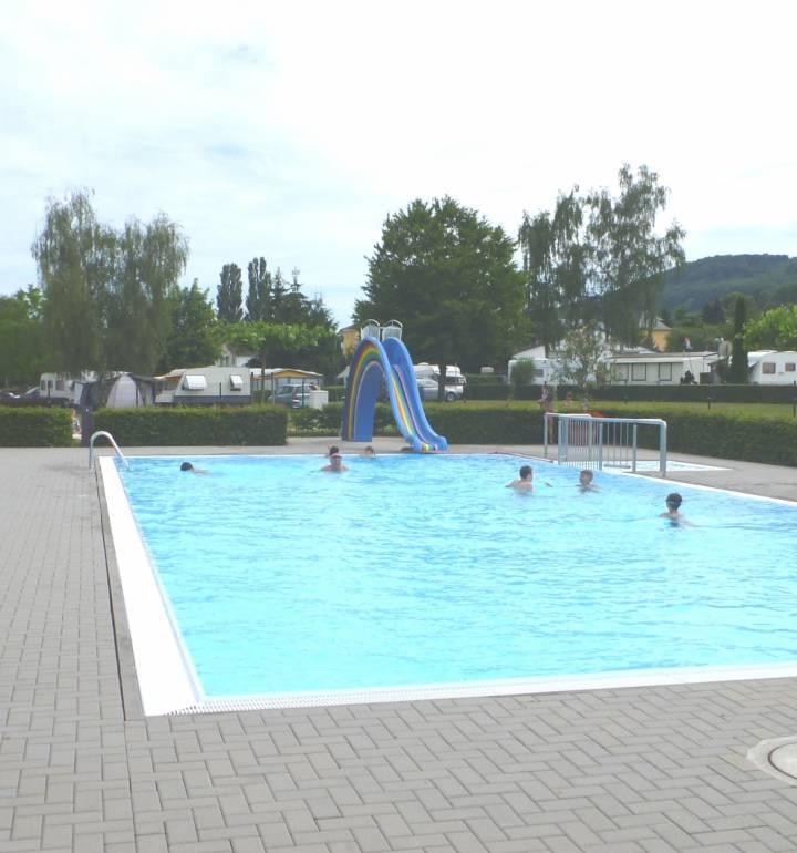 outdoor swimming pool rosport