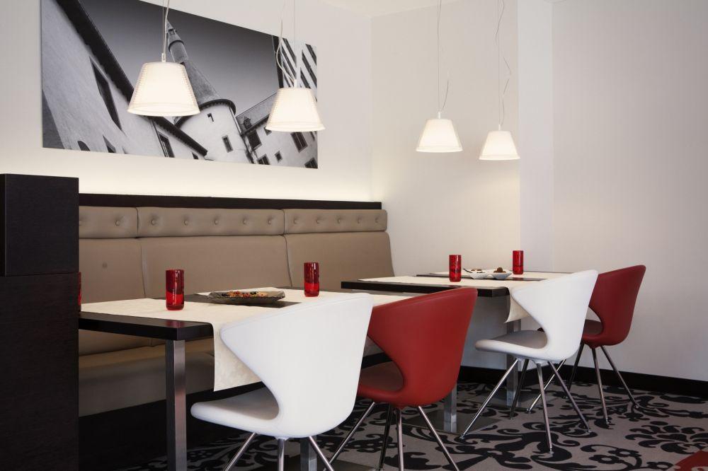 salle breakfast 20130614 0004