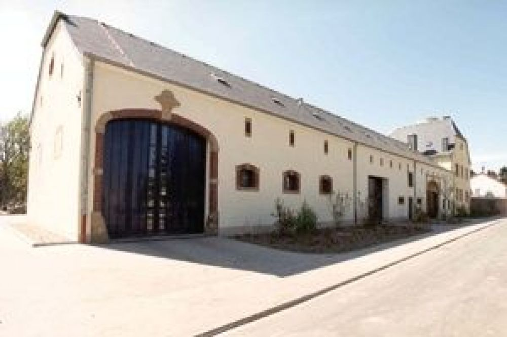 05 betzdorf mairie chateau de la commune de betzdorf zentrum II