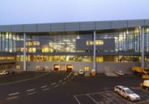16 luxembourg findel terminaux a et b de l aeroport zentrum II