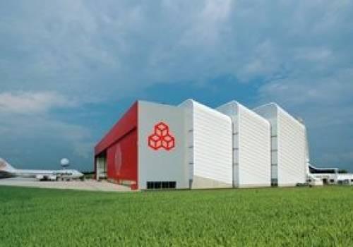 18 luxembourg airport cargolux zentrum II