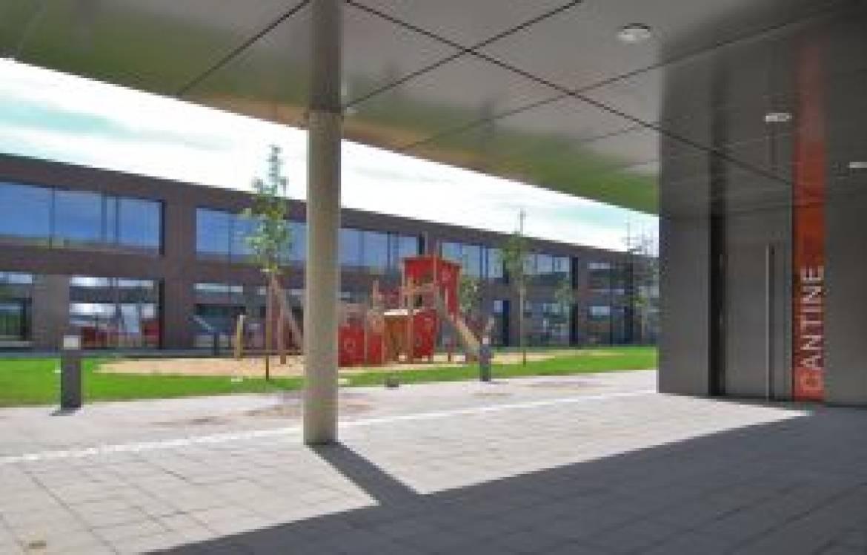 21 bertrange campus scolaire ecole europeenne centre polyvalent westen