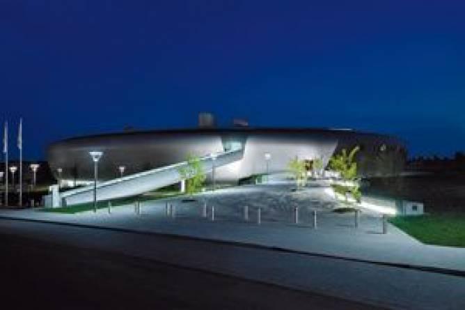 27 strassen bertrange centre de loisirs aquatiques les for Bertrange piscine