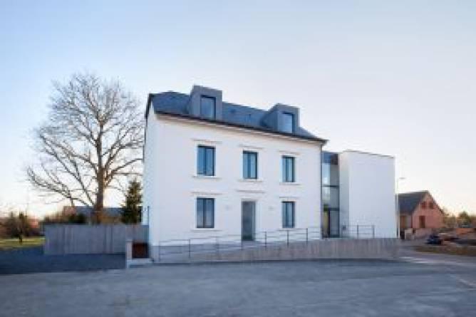 20 mondercange transformation d une maison minett ii visit luxembourg. Black Bedroom Furniture Sets. Home Design Ideas