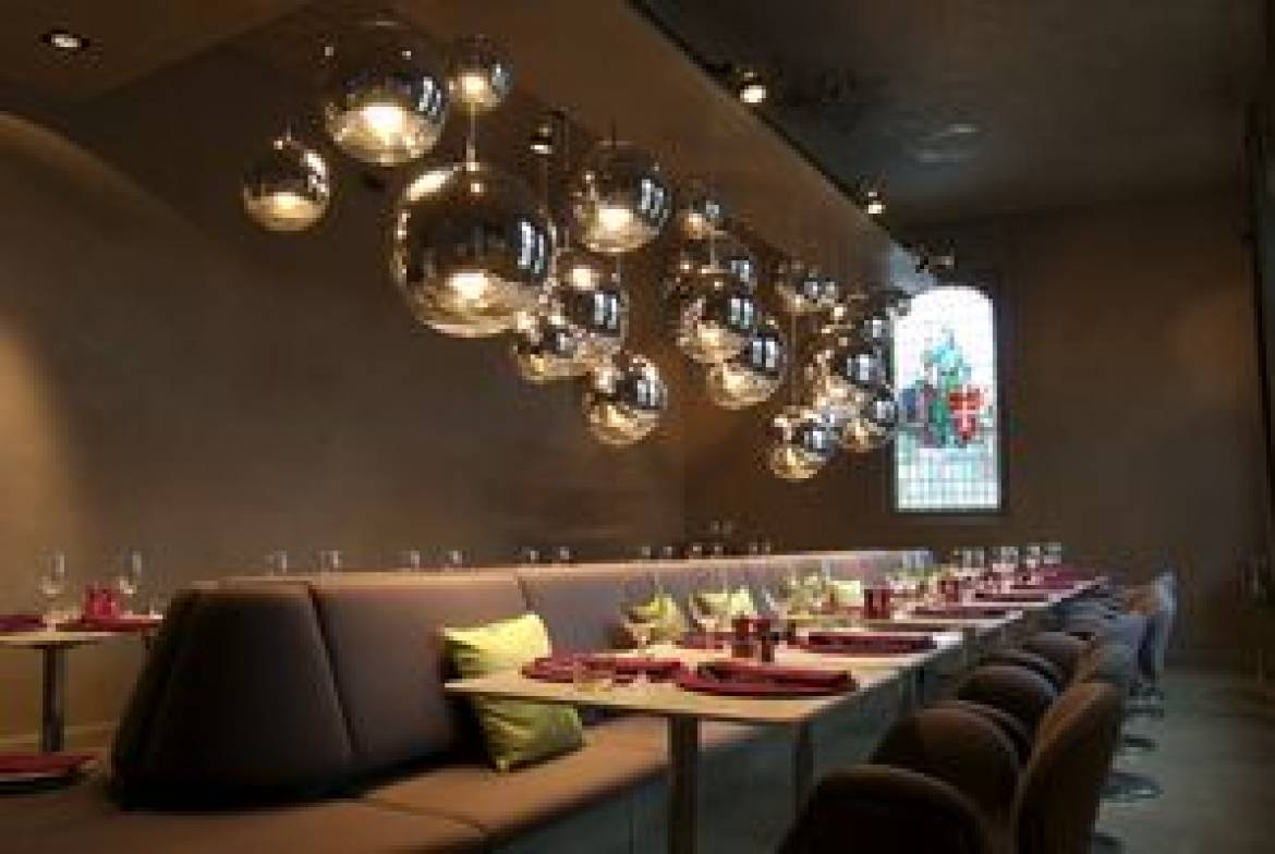 45 luxembourg transformation et amenagement interieur du restaurant um plateau
