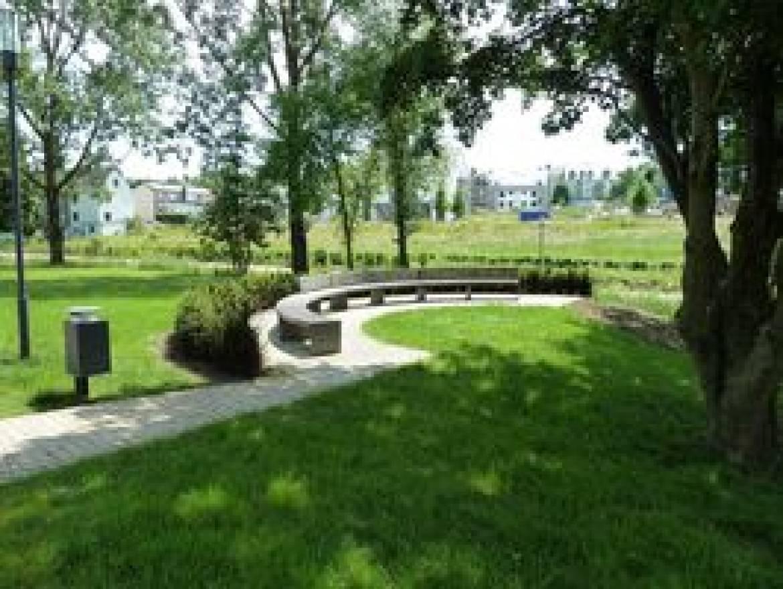 47 ville de luxembourg cessinger park hors tour for Piscine de luxembourg