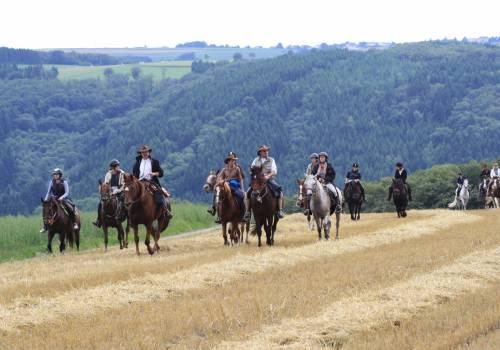 randonnee a cheval 10 vom mittelalter in den wilden westen 24km
