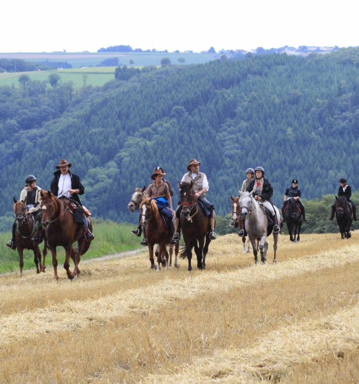 horseride tour 10 vom mittelalter in den wilden westen 24km