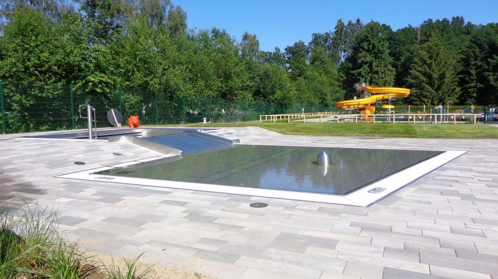 Kinderbecken, Freiluftschwimmbad Troisvierges