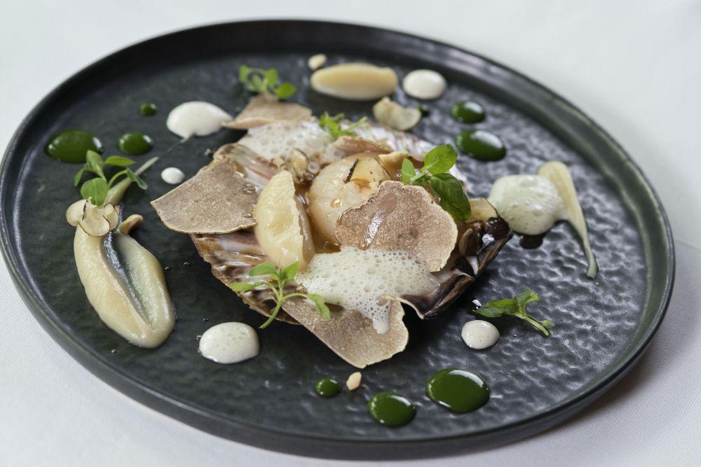 noix de st jacques la crsitallerie restaurant gastronomique hotel le place d armes luxembourg