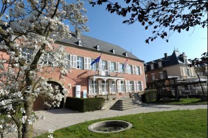 Domaines vinsmoselle caves de wormeldange meeting for Maison du luxembourg restaurant