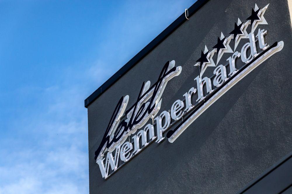 hotel wemperhardt 16 10 26 18