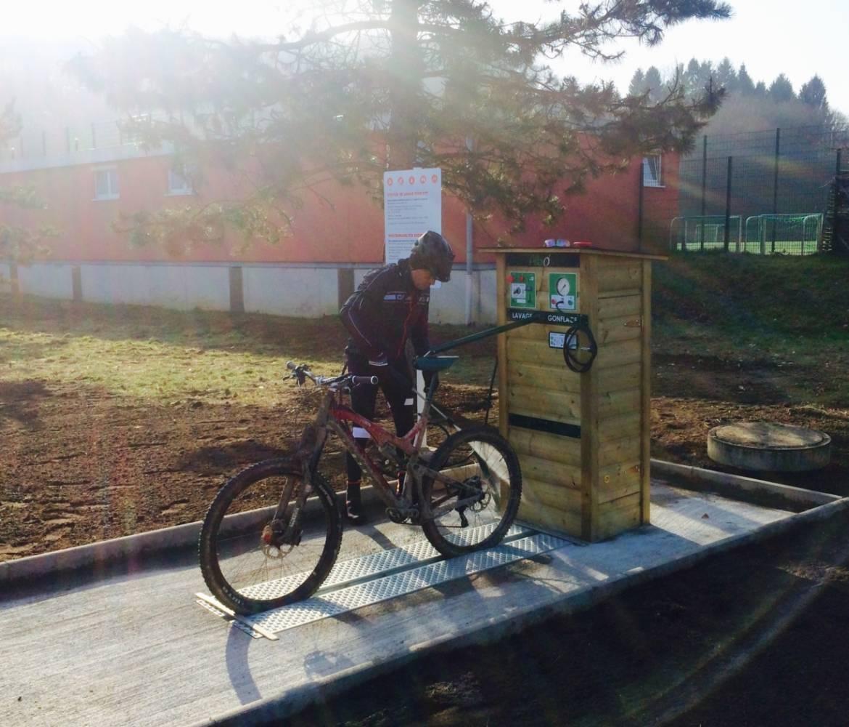 mountain bike wash station 02