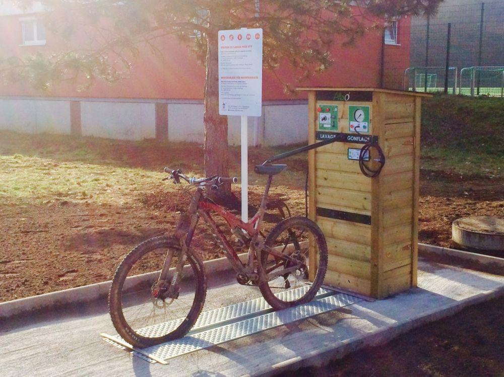 mountain bike wash station 03