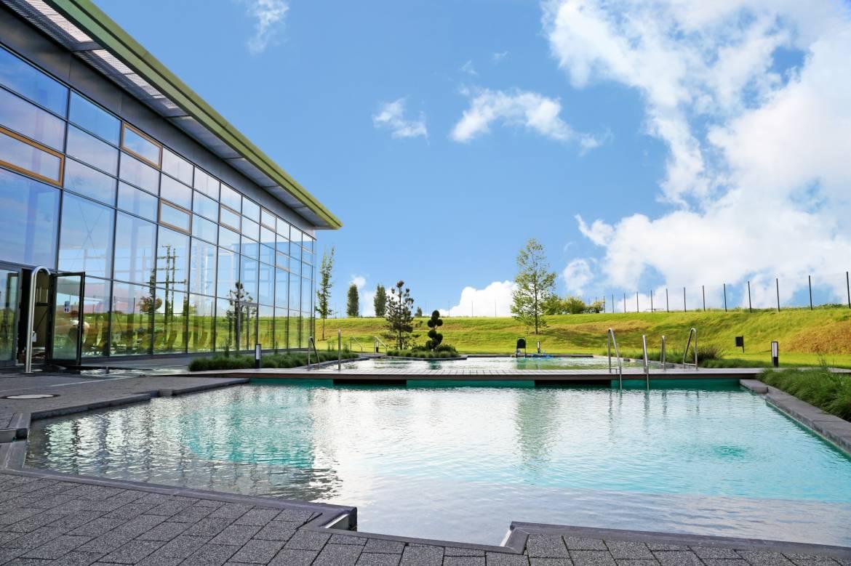 Centre aquatique aquanatour ort ardennes for Piscine hosingen