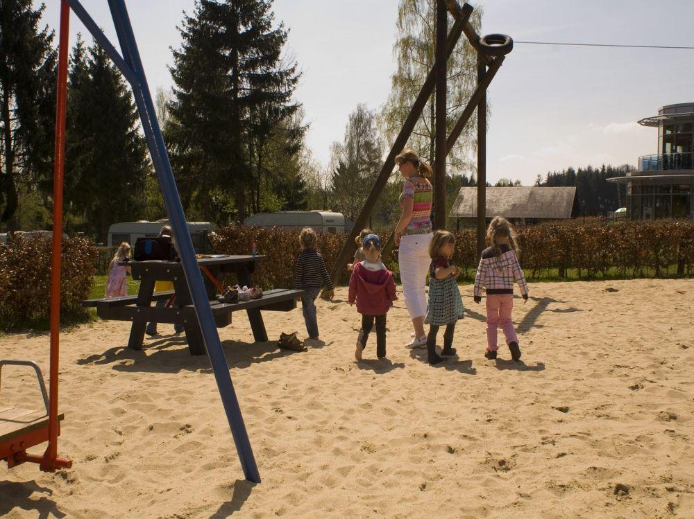 outdoor spielplatz camping kengert web