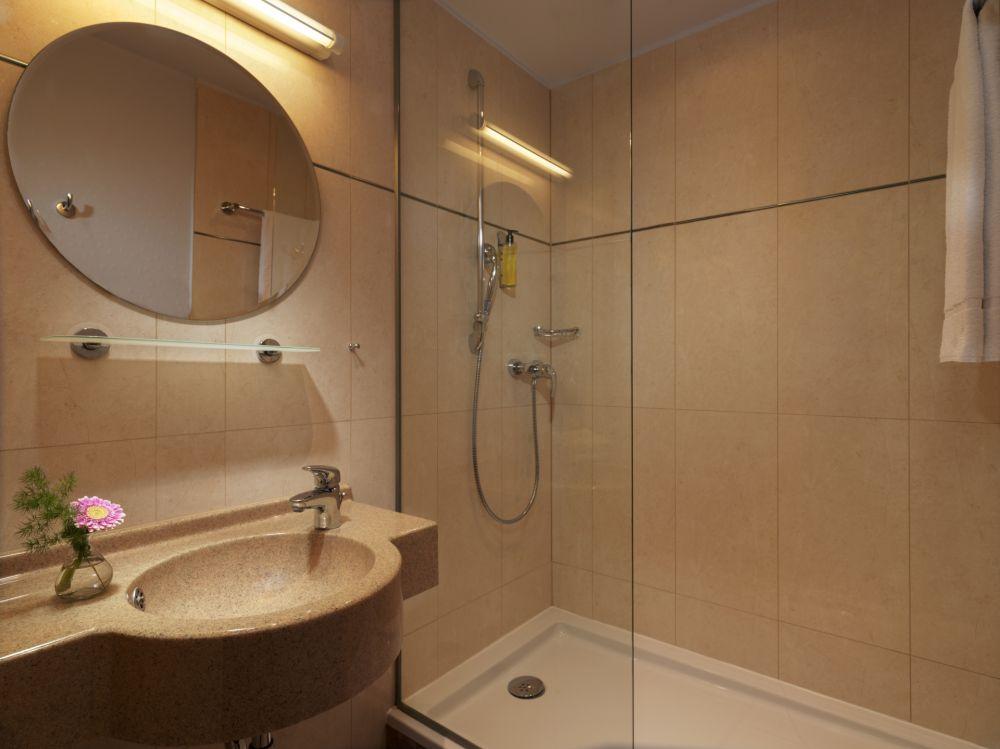 pl comfort bathroom 167