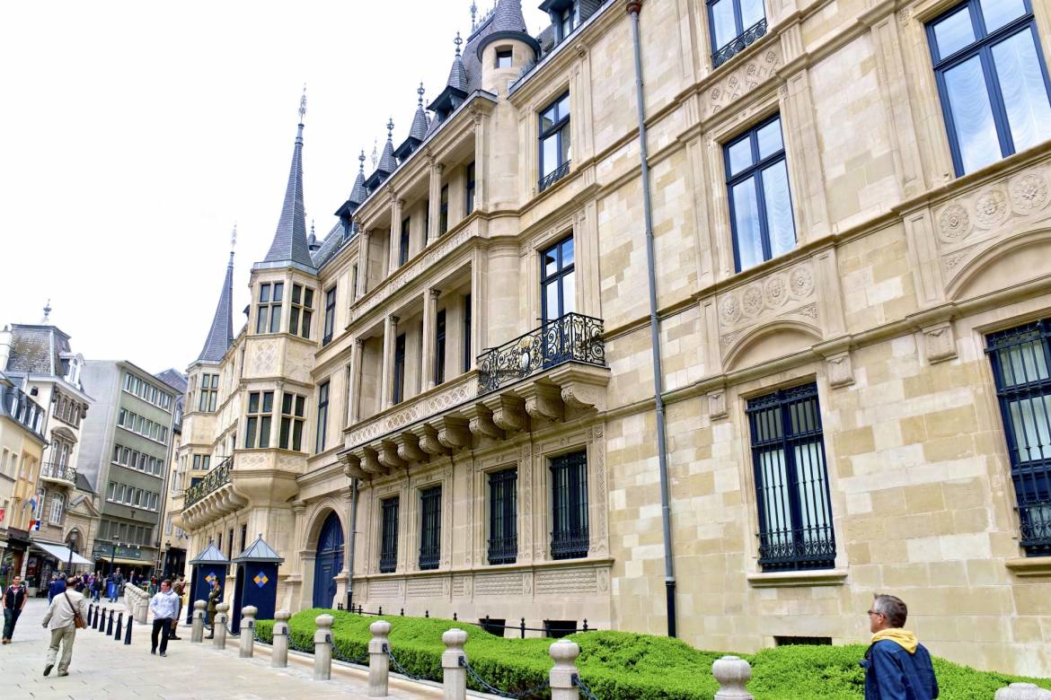 Grand Foyer Palais Du Luxembourg : Grand ducal palace visit luxembourg