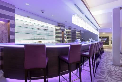 visit lux bar