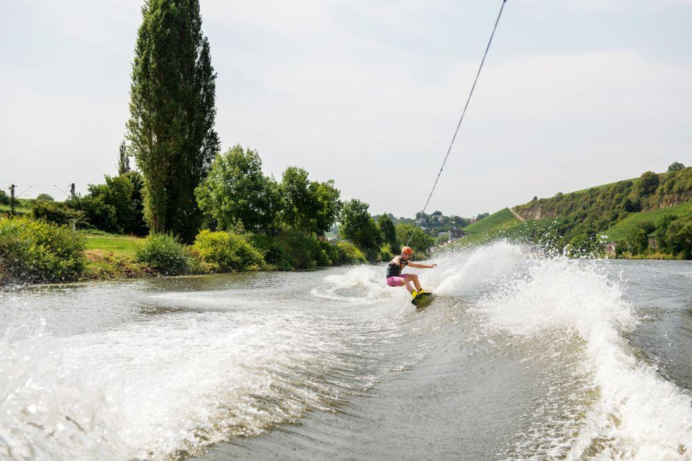 visitmoselle wakeboarder glenn 09