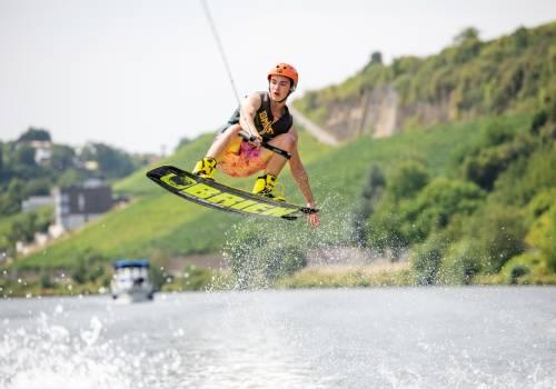 visitmoselle wakeboarder glenn 12