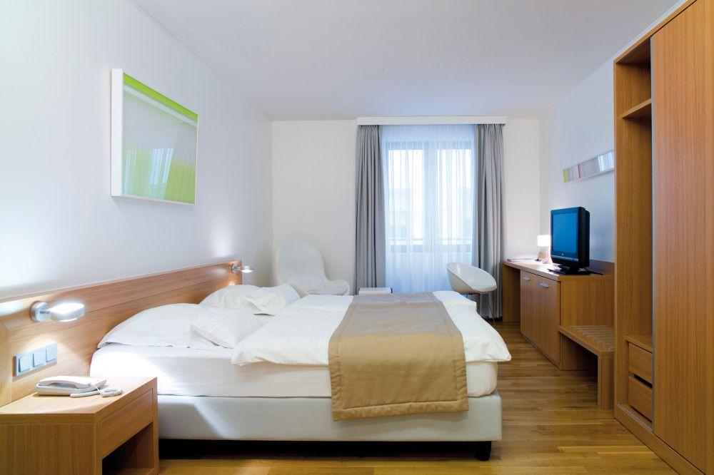 simoncini room 2012 luxembourg