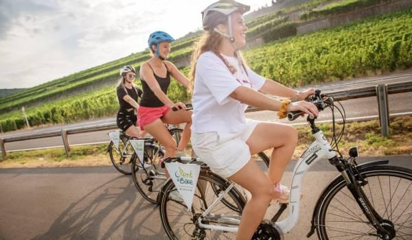 biking along the moselle visit moselle luxembourg lala la photo