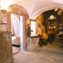 wein und folkloremuseum a possen innen