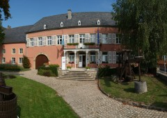 wine museum ehnen outside 2