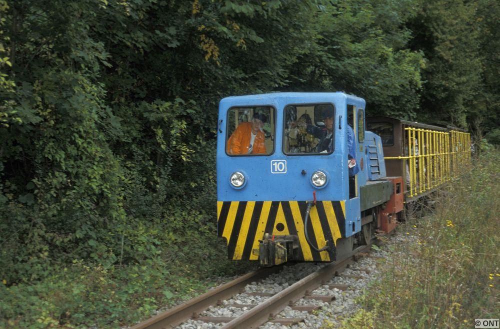 train minier minieresbunn fond de gras 03