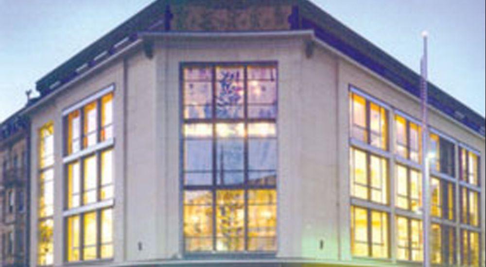 first pic theatre esch facade