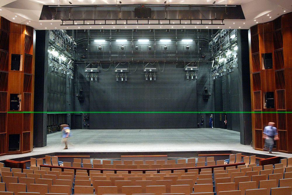 grand theatre 02